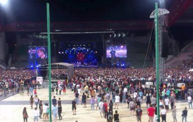A Trieste coi Pearl Jam, l'omaggio al medico aquilano morto sulla neve
