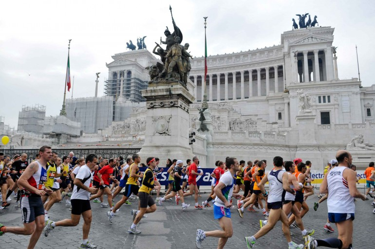 Maratona di Roma, un tuffo nella magnificenza