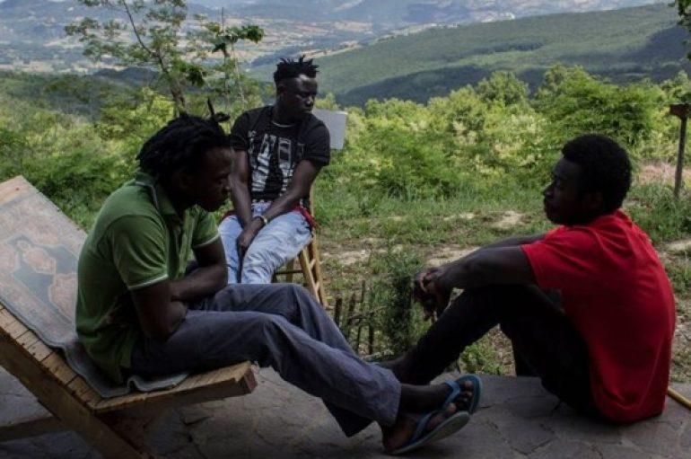 Comunità 24 luglio in viaggio per raccontare storie di migranti