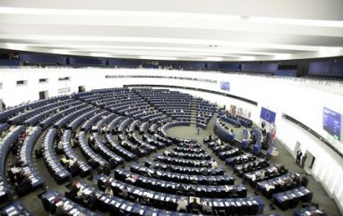"Plenaria a Strasburgo su ""migration compact"", Panama Papers e piano Juncker"