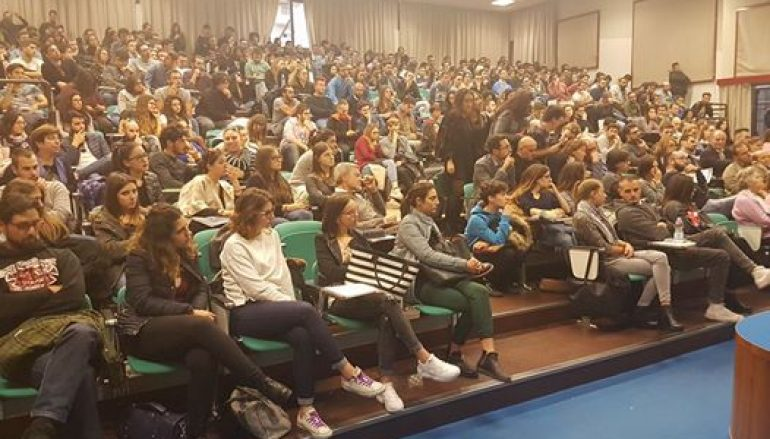 Referendum, confronto all'università di Pescara