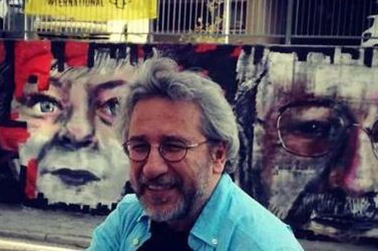 Can Dündar, L'Aquila e Stoccolma