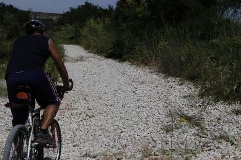 Abruzzo, viaggio in bicicletta sulla futura via Verde