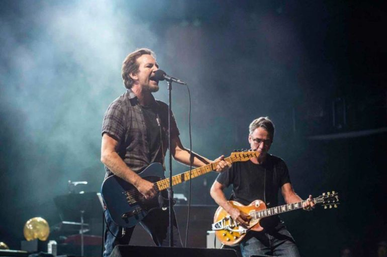 Il tour dei Pearl Jam su The Walk of Fame