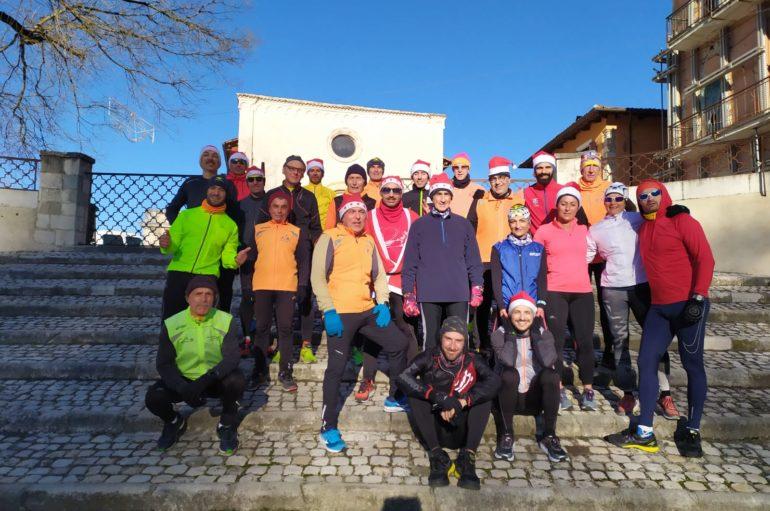 Christmas run, babbi Natale di corsa per L'Aquila
