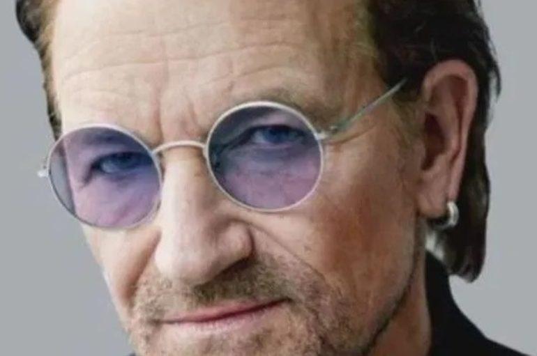 Bono Vox: l'abbraccio piano e voce agli eroi di questo tempo sospeso