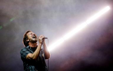 Pearl Jam, rinviato il tour del Nord America