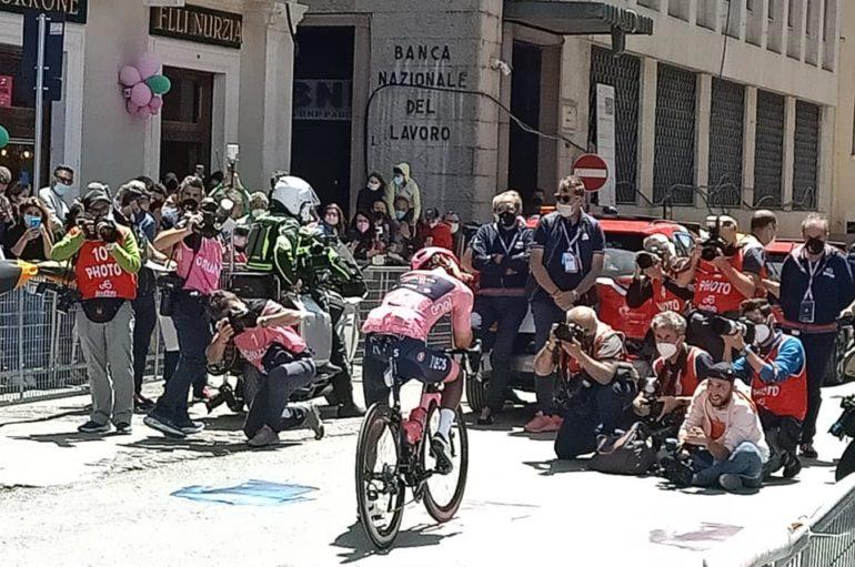Pienone per l'arrivederci al Giro