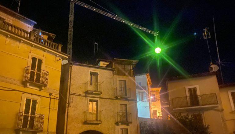 Una luna sui tetti di Fontecchio